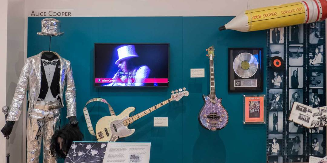 Alice-Cooper-at-Musical-Instrument-Museum-Phoenix-Arizona-1600x800