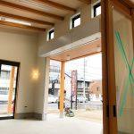 設計した店舗(石材店、墓石屋)付き住宅の展示ショールーム