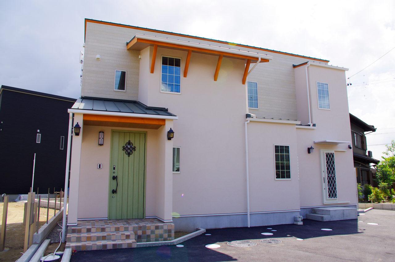 忙しい共働きご夫婦の子育ても家事も楽しむ注文住宅の新築設計・デザイン