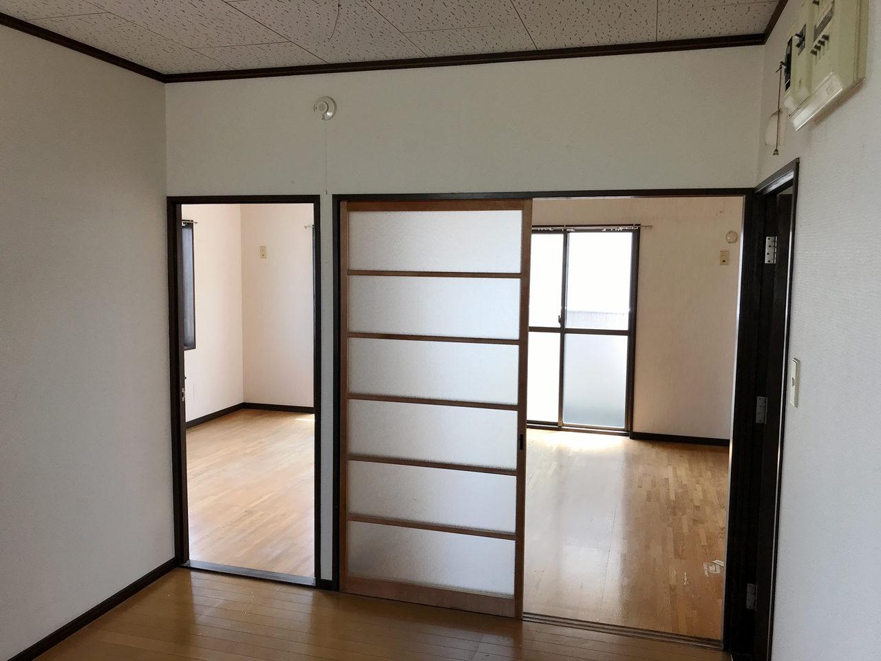 空き家を賃貸マンションへリノベーション改装設計、デザインの既設2階リビング