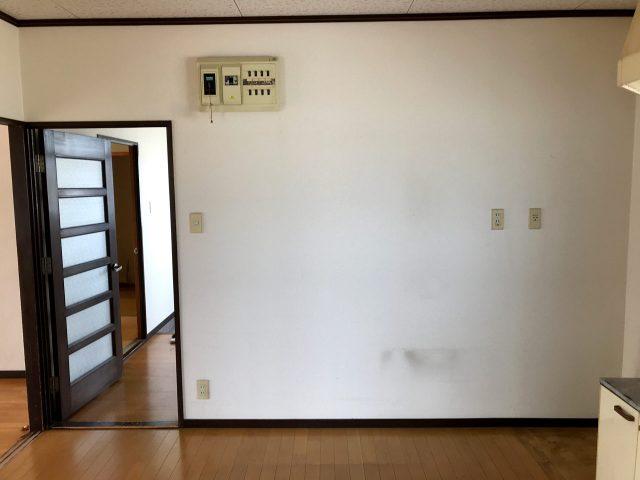 空き家を賃貸マンションへリノベーションブロジェクトの既設2階リビング