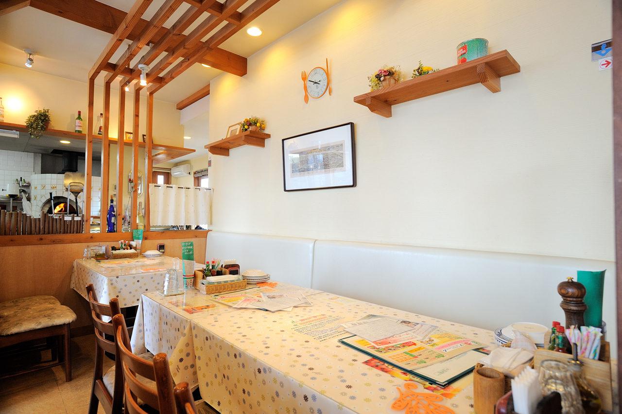 店舗設計したイタリア料理店の店内|愛知県清須市