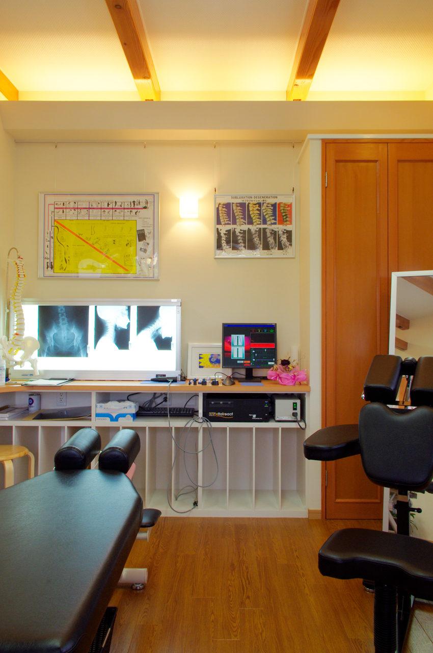 設計した治療院付き住宅の施術室