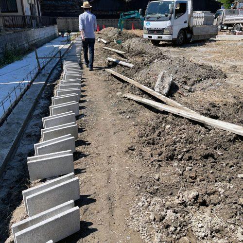 事務所兼倉庫新築工事のブロック工事