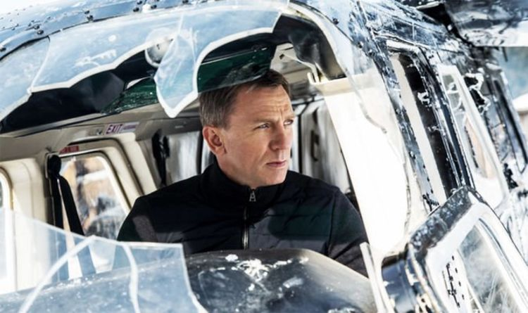 James Bond 25 Daniel Craig first look: 'ILLEGAL car chase' on world's most DANGEROUS road – IMB News