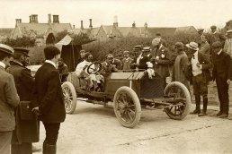 SF Edge leaving Athy control, Napier racing car, 1903 for the 4th Gordon Bennett Trophy.