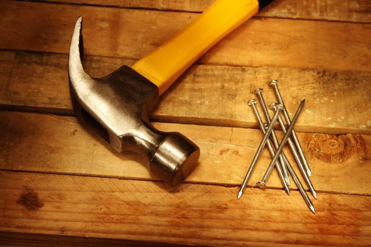 Hammer-and-nails[1]