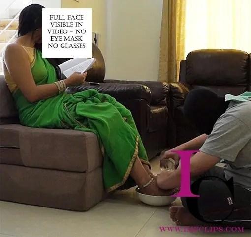 mistress in saree