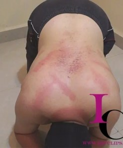 Femdom Extreme Whipping