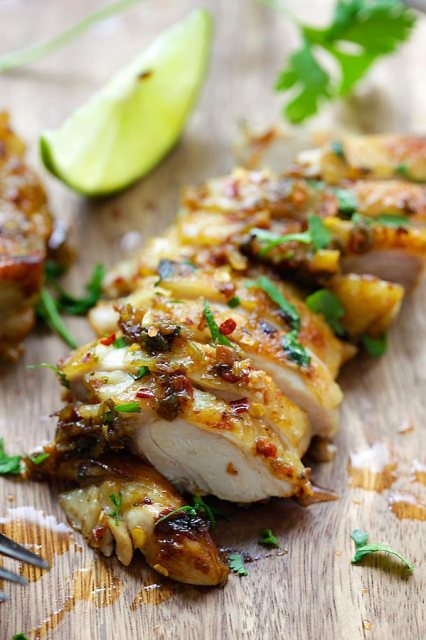 Cilantro Lime Chicken - juicy Mexican-inspired chicken marinated with cilantro, lime & garlic. Pan-fry, bake or grill with this recipe   rasamalaysia.com