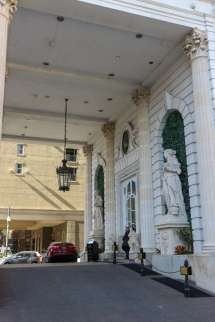 Le Pavillon Hotel New Orleans at Christmas