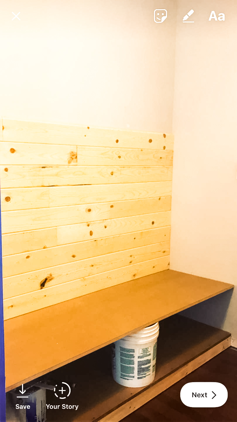 How to Install a Mudroom Bench - I'm Fixin' To - @mbg0112