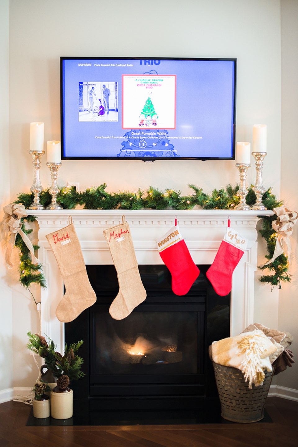 Holiday Decoration Must Haves for 2018 - I'm Fixin' To - @mbg0112