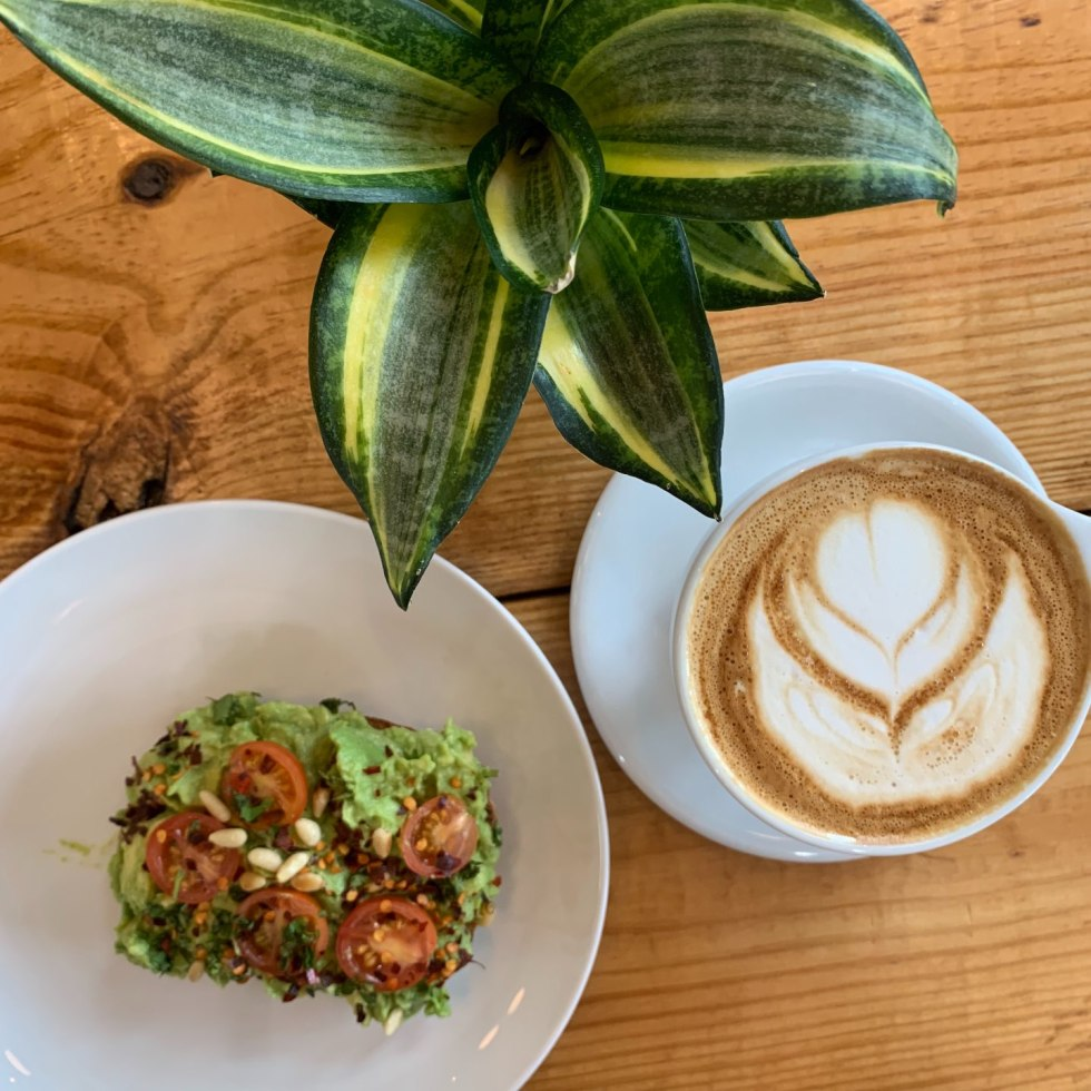 Top 15 Coffee Shops in Raleigh, NC - I'm Fixin' To - @mbg0112 | Best Coffee Shops in Raleigh NC featured by top NC blog, I'm Fixin' To: Fount Coffee + Kitchen