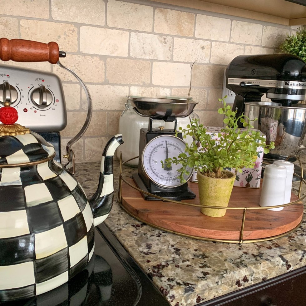 9 Must Have Kitchen Gadgets You Need - I'm Fixin' To - @mbg0112 | 9 Must Have Kitchen Gadgets You Need featured by top US lifestyle blog, I'm Fixin' To