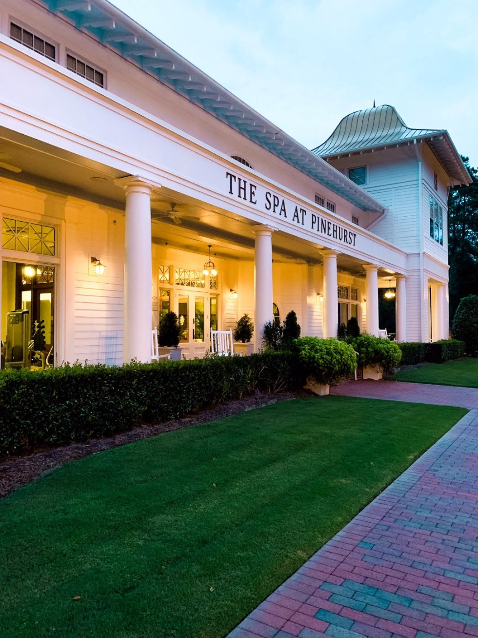 The Best things to do in Pinehurst NC , a travel guide featured by top NC blog, I'm Fixin' To | Top 10 Best Things to Do in Pinehurst NC: a Complete Travel Guide - I'm Fixin' To - @mbg0112