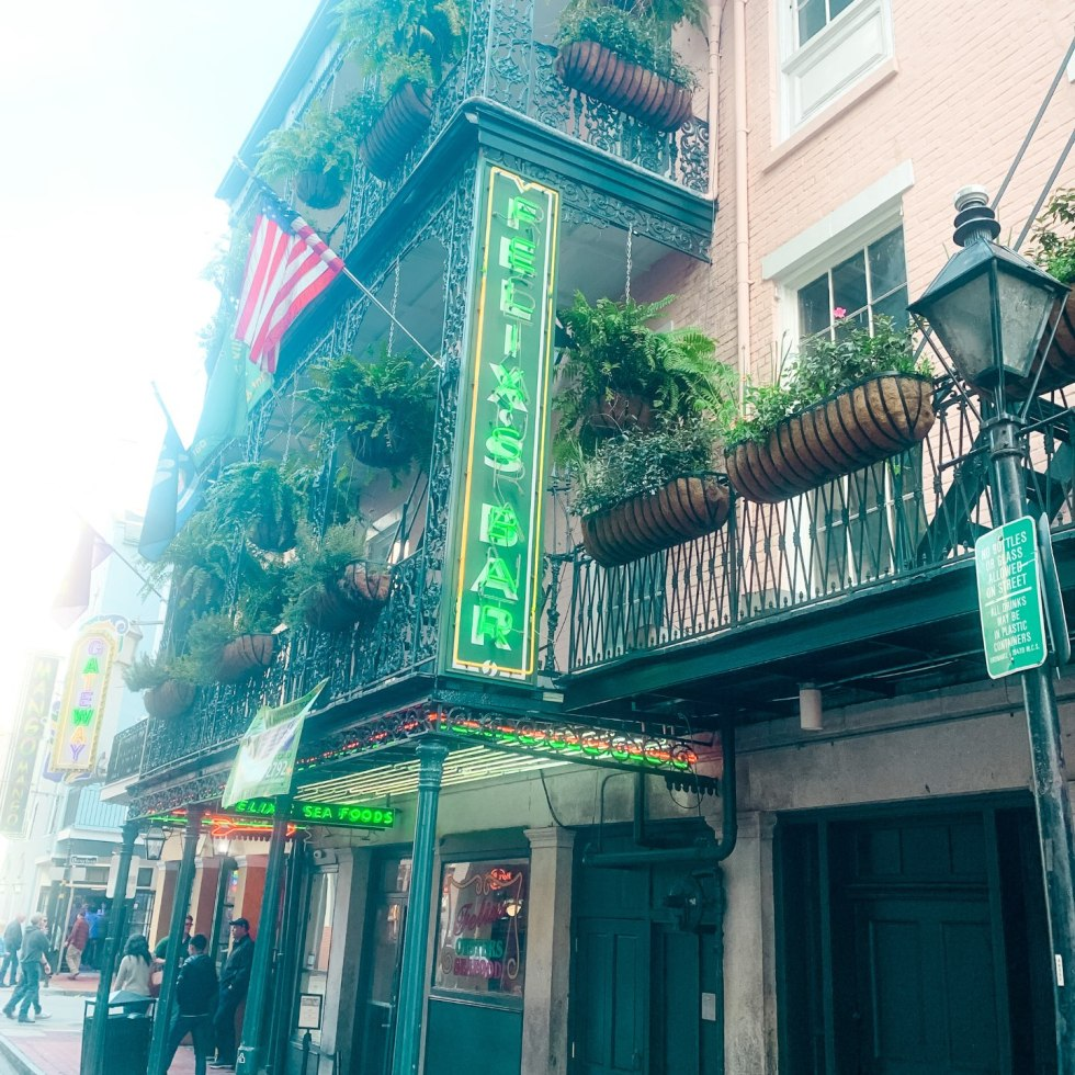 A Girls Trip to New Orleans: All the Info you Need to Prepare! - I'm Fixin' To - @mbg0112 | Girls Trip to New Orleans by popular US travel blog, I'm Fixin To: image of Felix's Bar.