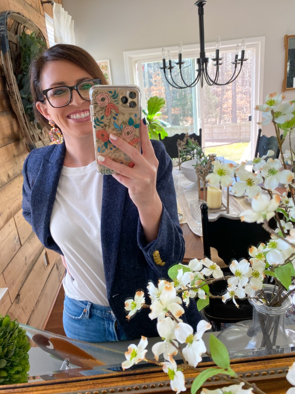Warby Parker Eye Glasses by popular NC fashion blog, I'm Fixin' To: image of a woman wearing a pair of Warby Parker glasses.