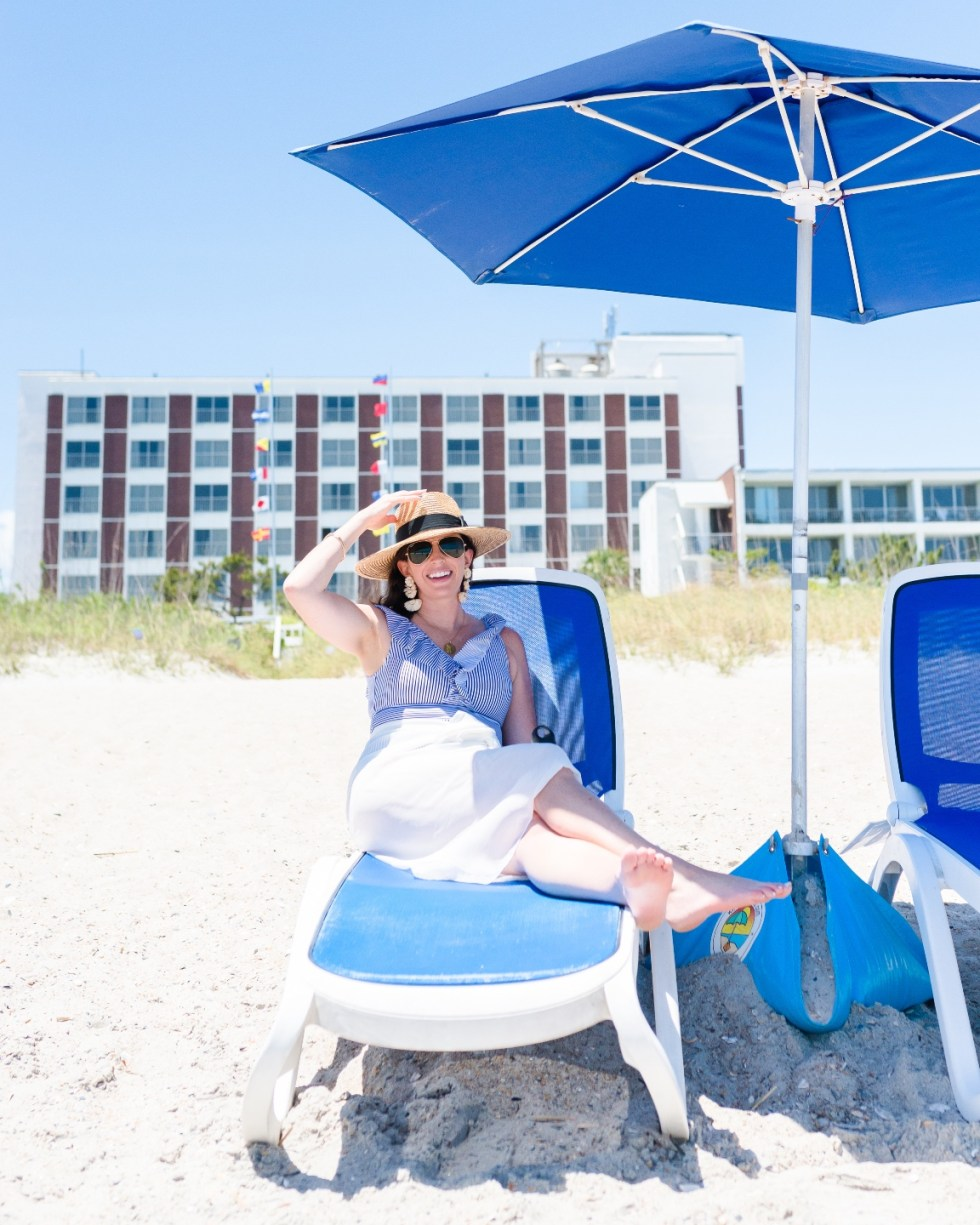 Where to Stay in Wrightsville Beach: The Blockade Runner Hotel - I'm Fixin' To - @imfixintoblog
