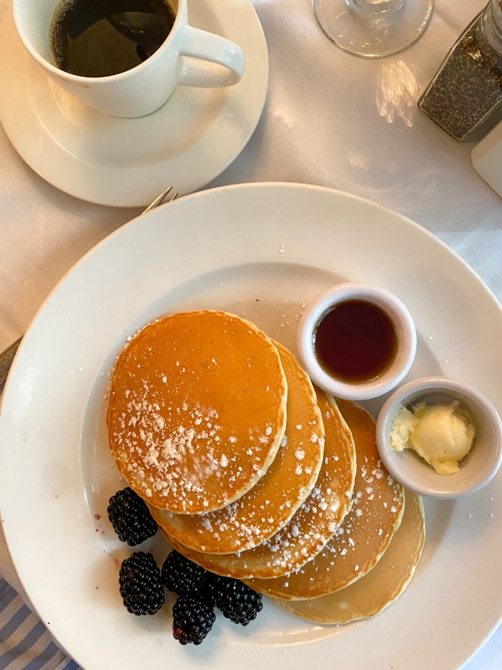 NYC Summer Weekend: Things to Do in NYC in the Summer - I'm Fixin' To - @imfixintoblog   NYC Summer Weekend by popular NC travel blog, I'm Fixin' To: image of pancakes and blackberries.