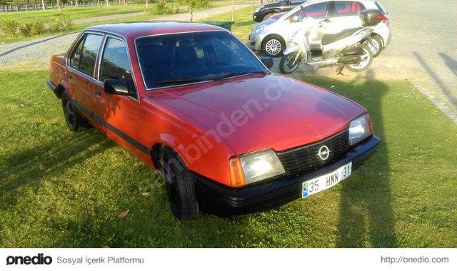 82 Model Opel Ascona