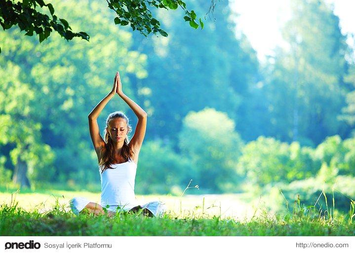 Rahatlamak için yoga yapacaksınız.