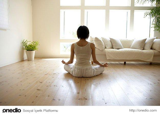 Meditasyona vakit ayırın, 10 dakika bile olsa.