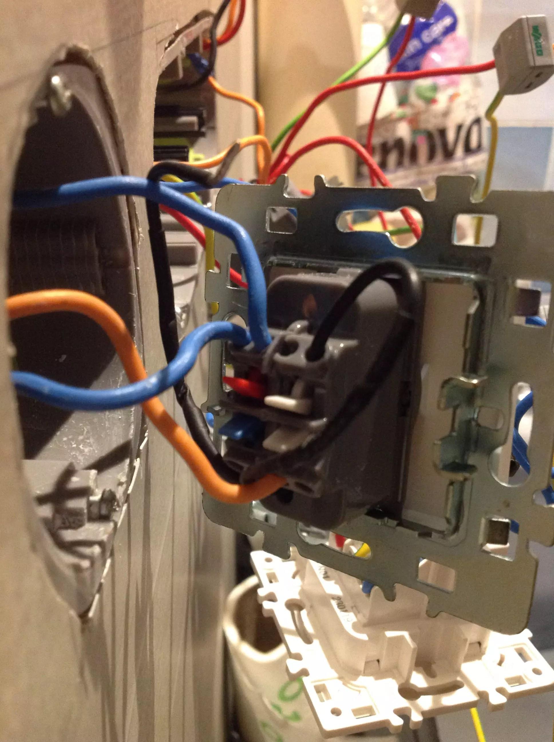 Interrupteur Lexman A Temoin Lumineux Resolu Forum Electricite Linternaute Com