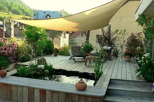 La terrasse audessus des toits