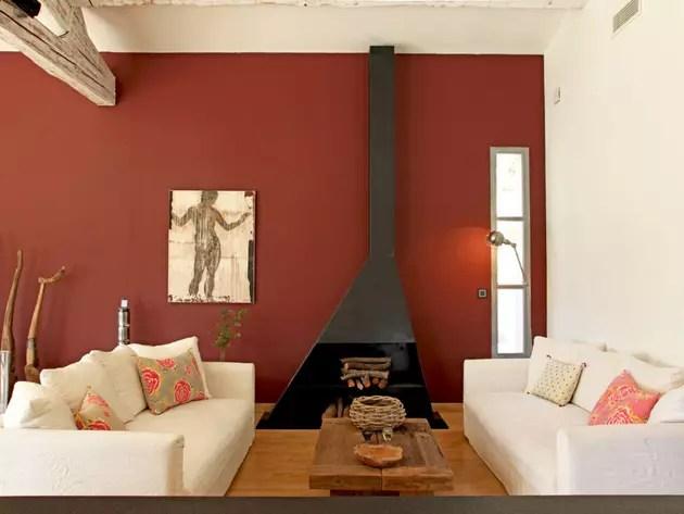 Mur ocre pour salon chaleureux