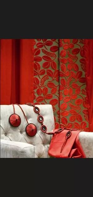 rideaux en velours rouge d esprit et