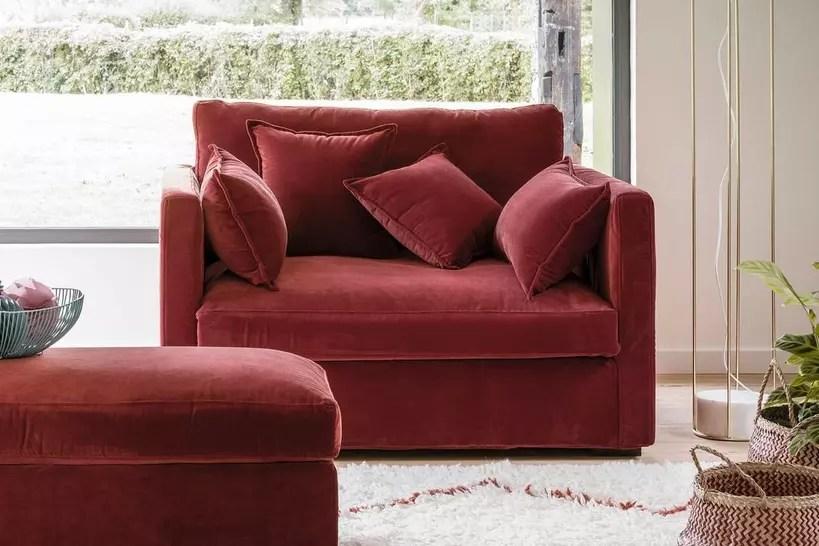 le canape deux places pour un petit espace confortable