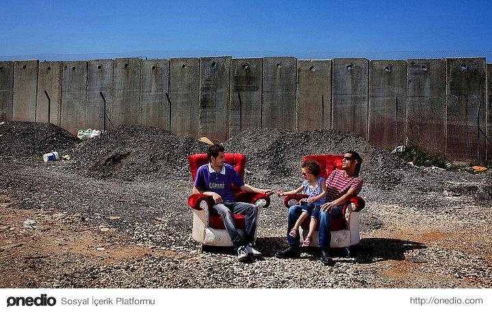 İki mobilyacının ıssızlıkta sohbeti