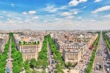 L'arc De Triomphe Au Centre Des Champs-elyses