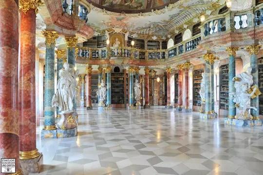 """Résultat de recherche d'images pour """"bibliothèque du monastère wiblingen ulm allemagne"""""""