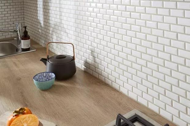 habiller les murs de la cuisine avec des carreaux de metro