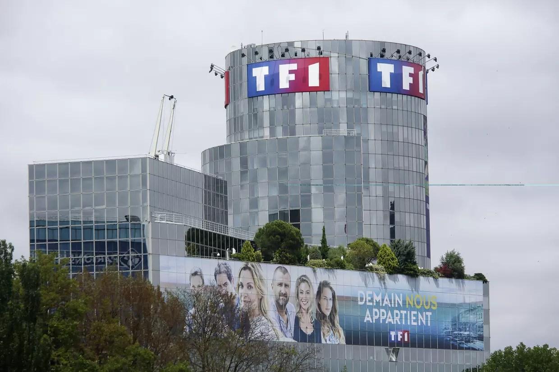 Ne ratez aucun match de football retransmis en direct par la chaîne de télé ! TF1 : direct, programme, replay... Tout sur la première chaîne