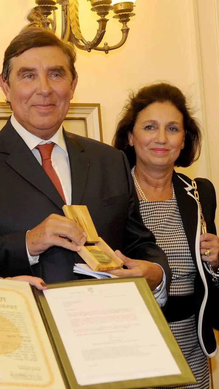 Karine Ferri beaucoup moins bien payée que Jean-Pierre
