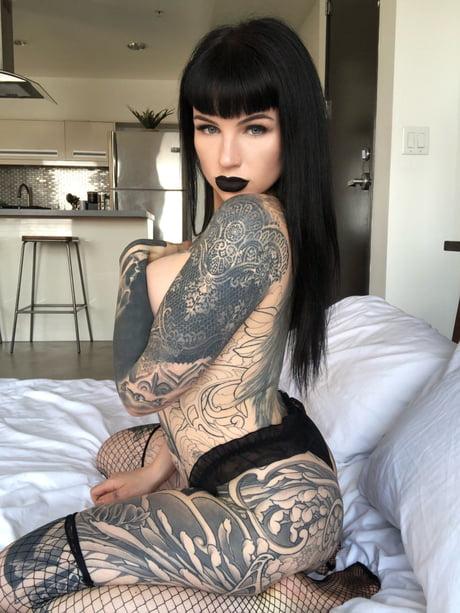 Big tiddy goth lady