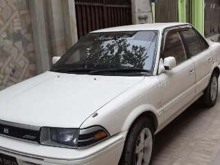 The corolla is a popular line of compact cars manufactured by toyota, a japanese car manufacture. Toyota Corolla Model 1990 Trovit
