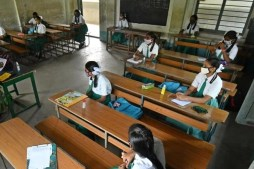 TS High Court stays govt orders to reopen schools