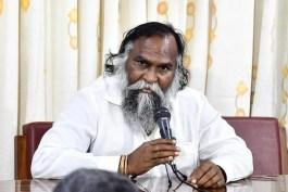 YS Vijayamma started new drama in Telangana says Jagga Reddy
