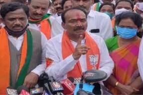 Harish Rao lost his mental stability says Etela Rajender