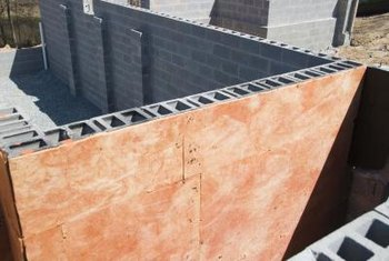 Concrete block construction vs wood frame cost for Icf construction pros and cons