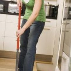 Cleaning Kitchen Floors Cabinet Makers Easy No Streak Floor Techniques Home Guides Sf Gate A Clean Is Source Of Maintenance Pride