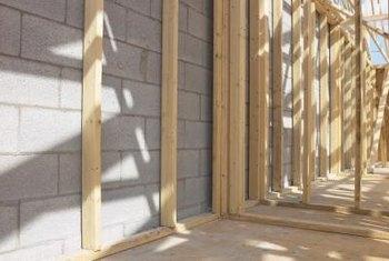 Interior Walls Define Living Es
