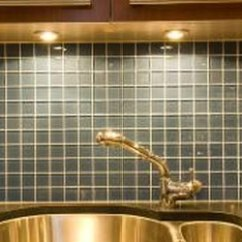 Kitchen Cabinet Lighting Ideas Wooden Signs For Over The Sink Home Guides Sf Gate Under With Xenon Or Led Bulbs Works Well Task