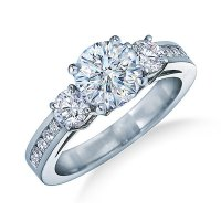 The Proper Way to Wear a Wedding Engagement Ring | Our ...