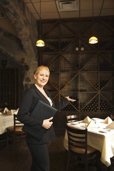 What is the Typical Work Week of a Restaurant Manager  Woman