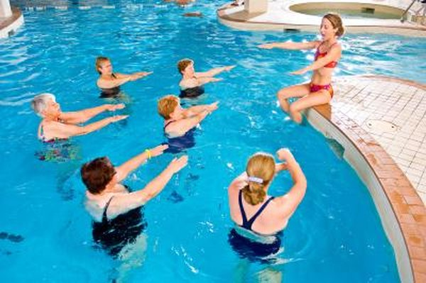 Stomach Exercises In The Swimming Pool  Live Well